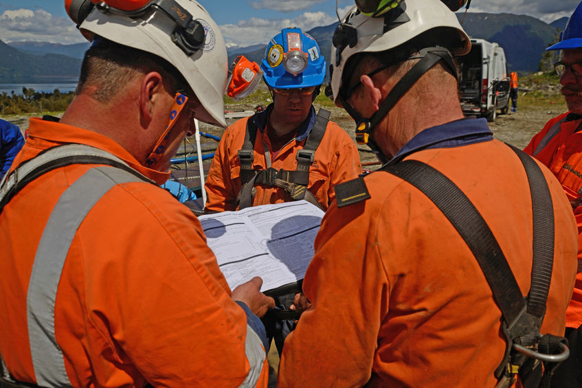 Construction safety briefing